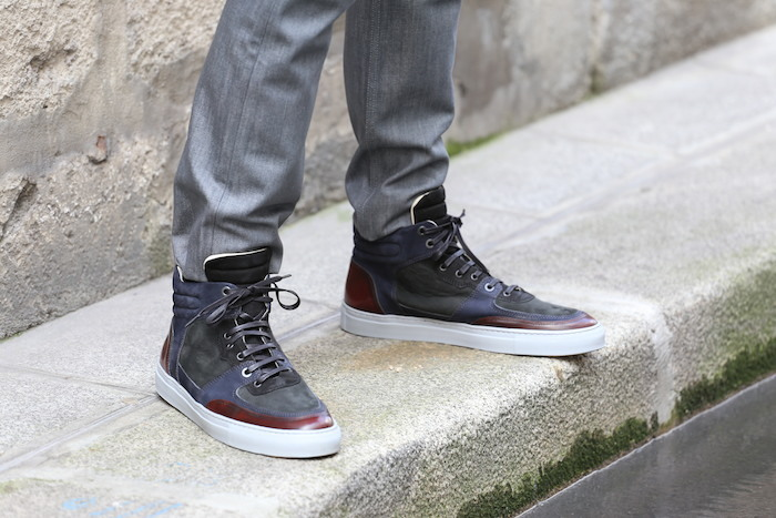 sneakers sombres