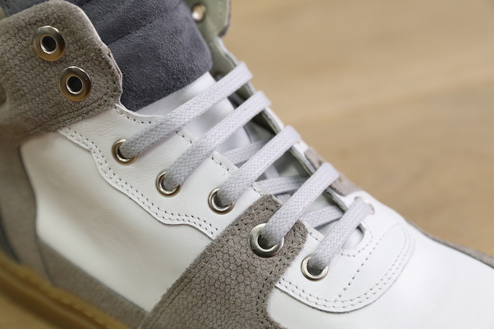 oeillets sneakers