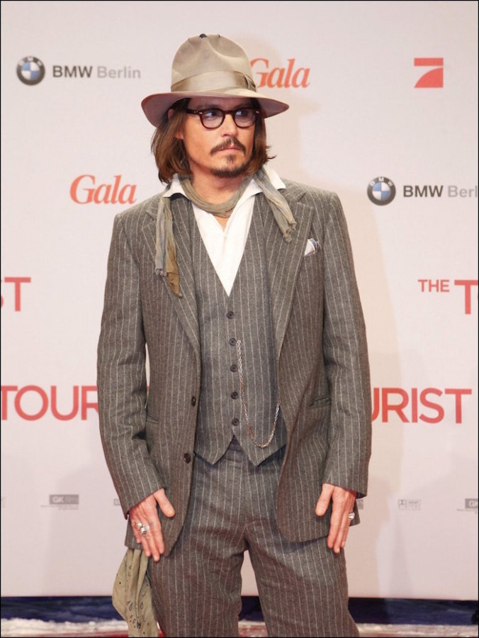 johnny depp costume rayé