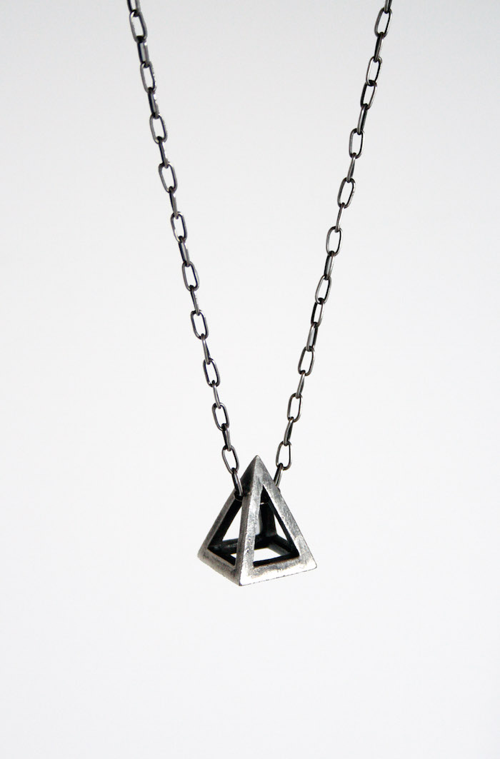 collier pyramid chronicles of never