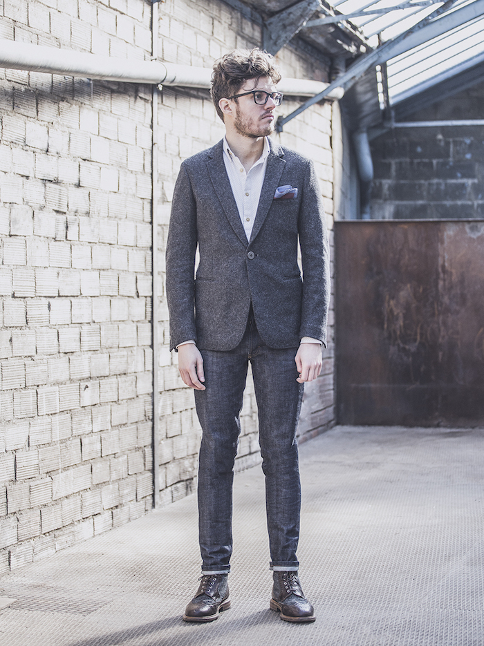 look-casual-chic-homme-jean-blazer gris