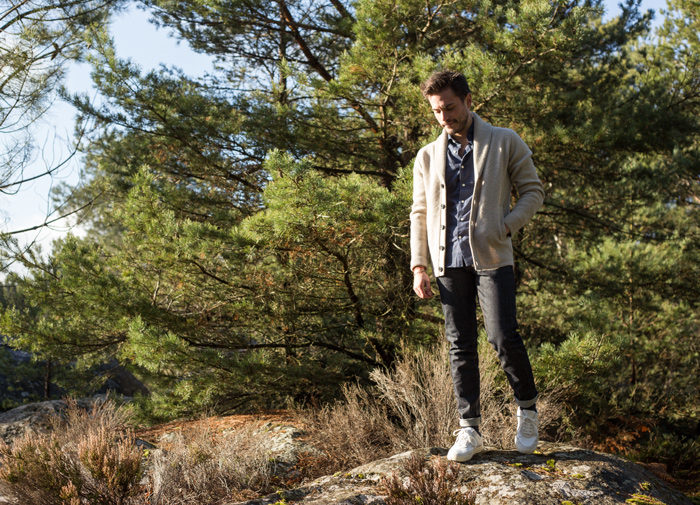 idee tenue cardigan col chale homme