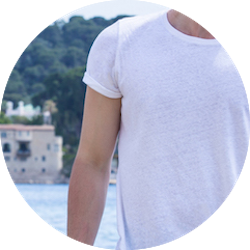 zoom sizing white t-shirt