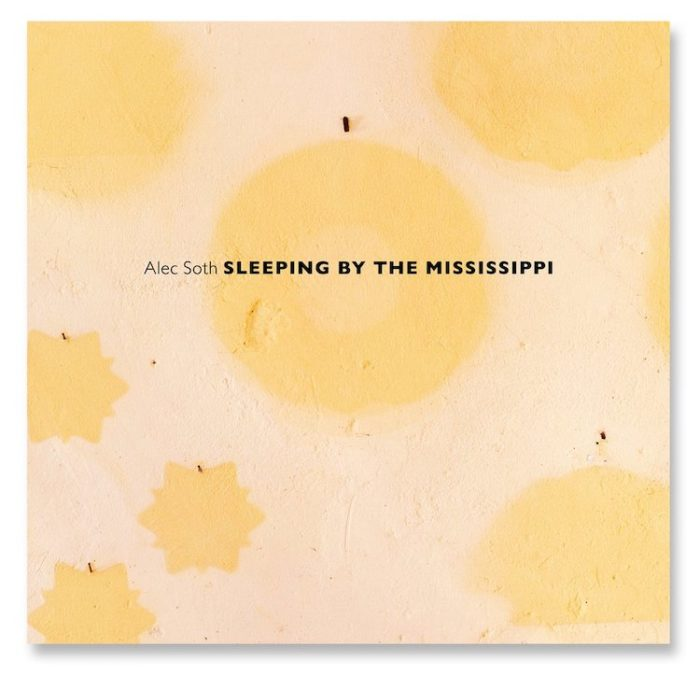 Sleeping by the mississippi livre photo alec soth